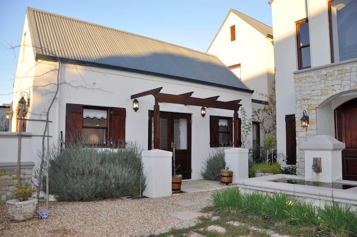 De Wijnlanden - Cape Town - Dom