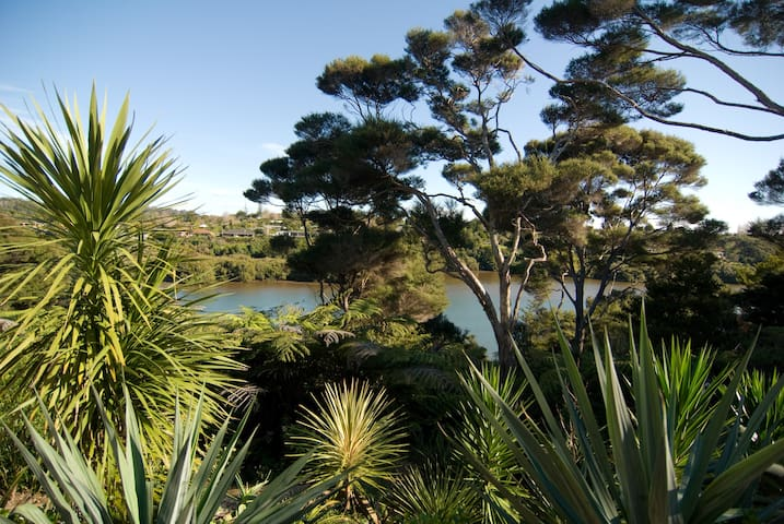 Tranquility by the water - Kerikeri - House