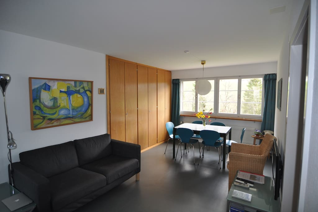 absolut ruhige idylle auf dem land wohnungen zur miete in rodels graub nden schweiz. Black Bedroom Furniture Sets. Home Design Ideas