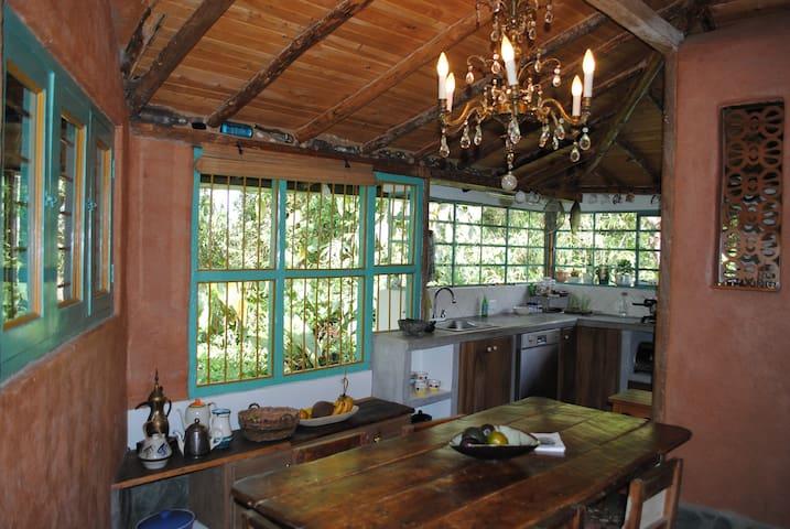 Habitación en cabaña artesanal-Carmen de Viboral