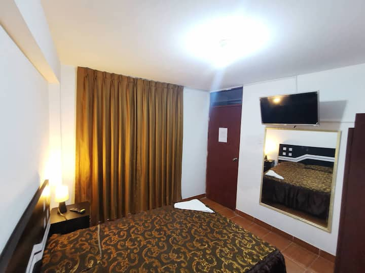 Full equiped apartment 20min to the airport room#2