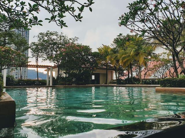 Hommie  @ Straits Quay, Penang