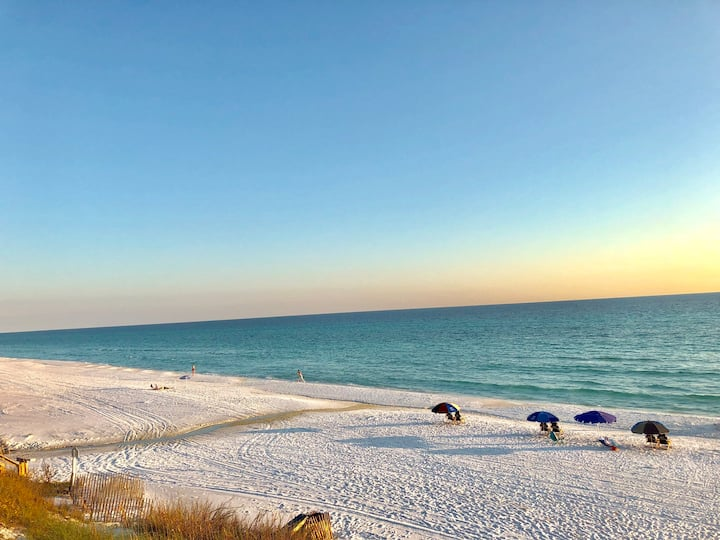 3Bed/2Bath Condo (2) on 30A: Just Steps to Beach
