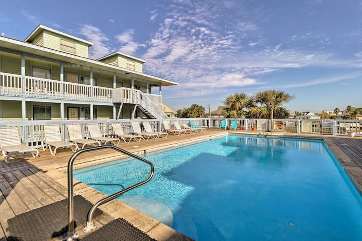 Gulf Shores Condo - Walk to Beach & Little Lagoon!