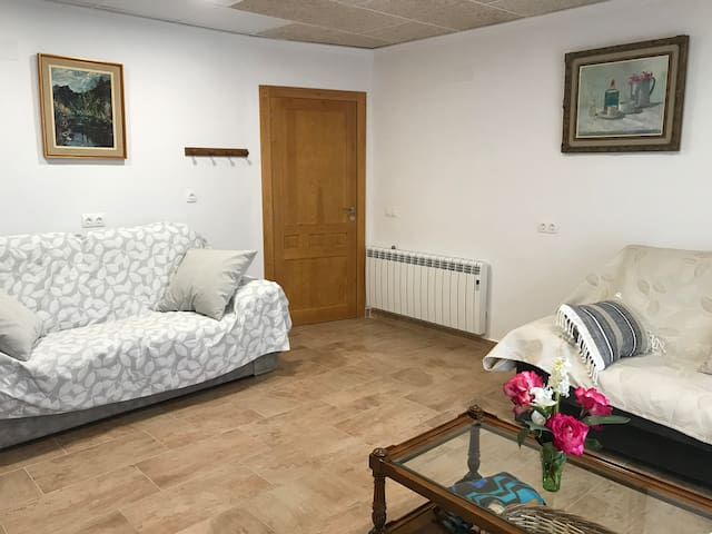 Salon con 2 sofas cama