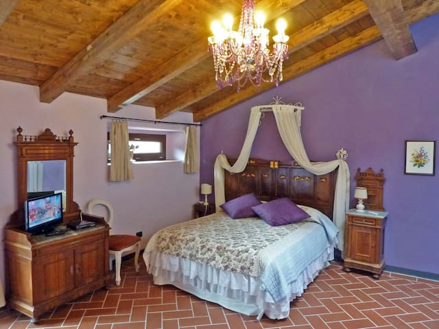 Glamour... in a Medieval Inn! - Pistoia - Apartment
