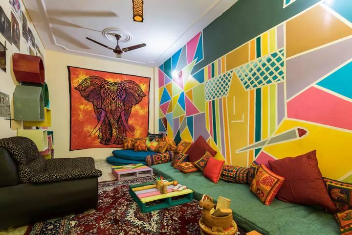 Main Living Room (Shared)