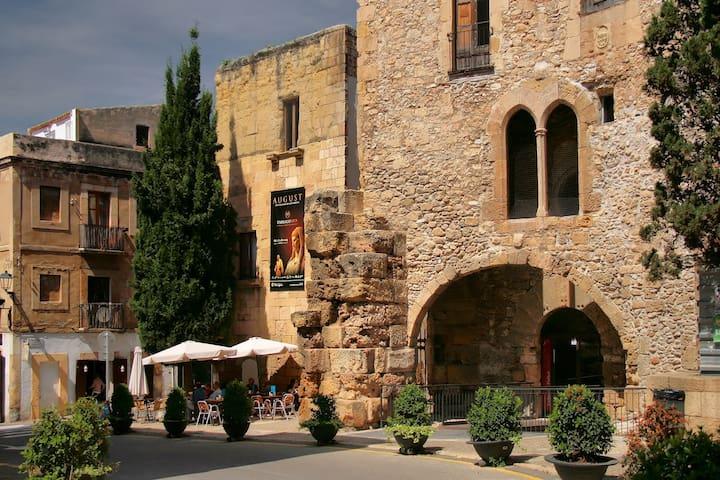 Estancia en Casco  Histórico Romano - Tarragona - Pis