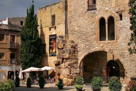 Piso en Casco  histórico Romano - Tarragona - Daire