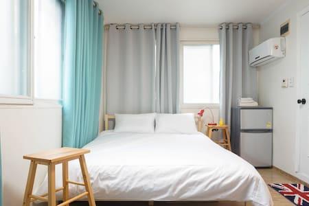 Comfortable room No.3 - Hus