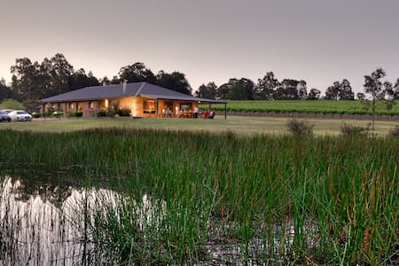 Ironstone Lodge - Lovedale