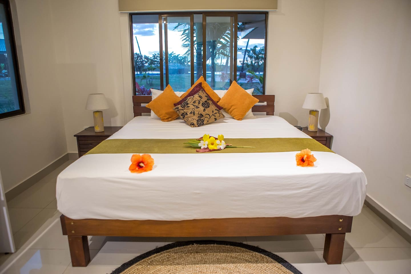 King Size Bed Riverfront Villa