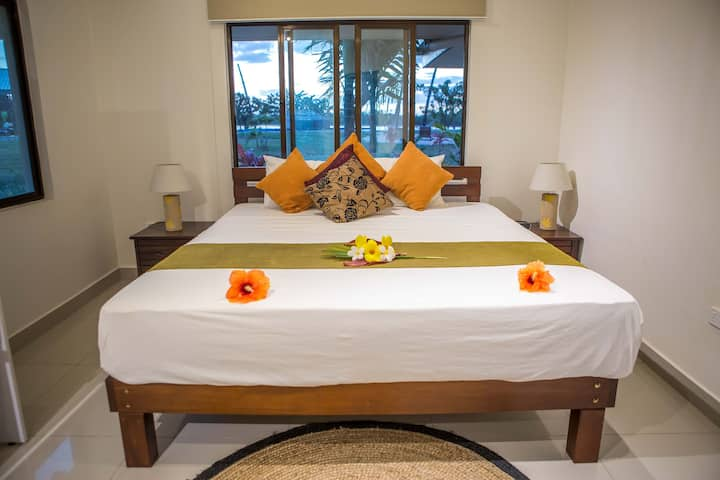 BAYVIEW COVE  COUPLES ROOM FIJI SURF