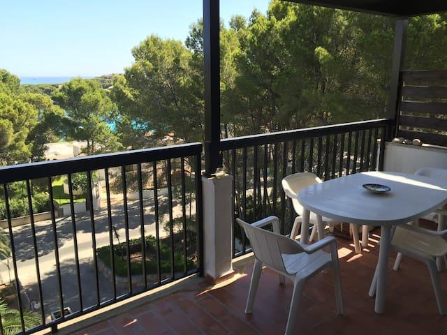 Apartamento con vistas a la playa y bosque - Capdepera - Condomínio