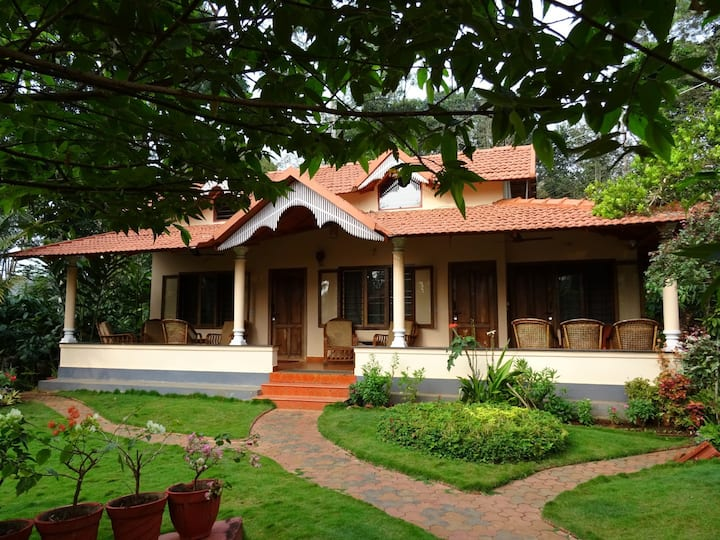 Raksh Cottage (Coorg Holiday Home-Family Stay)