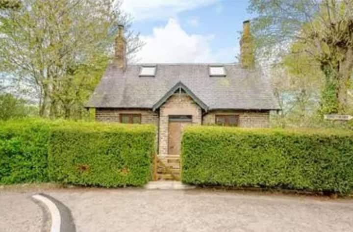 Cosy, Romantic Bolthole for 2-4 - Coveyheugh Lodge