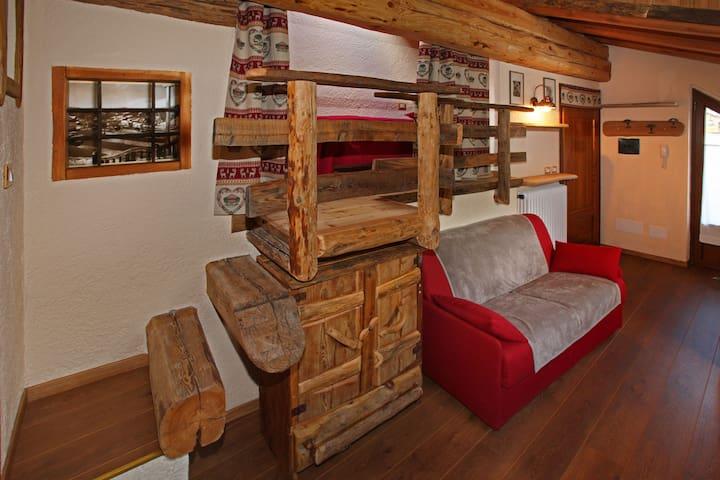 Mansarda immersa nel legno - Sauze D'oulx - Cabin