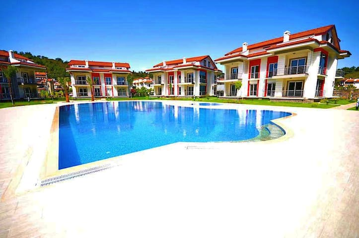 Family Complex Walking Distance to Çalış Beach - Fethiye - Lejlighed