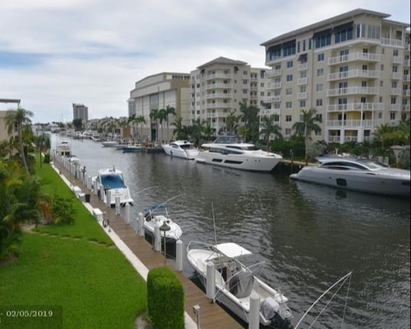 Private Peaceful 2br/2ba on the Intracoastal