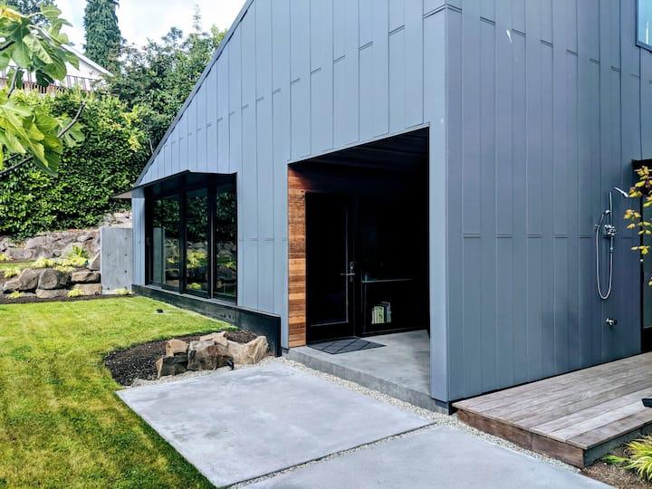 Modern Seattle Cottage