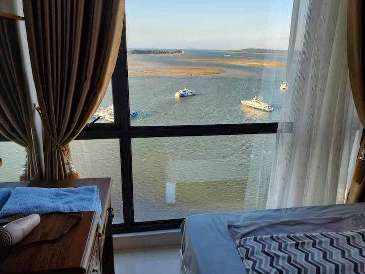 5 min walk from Port, Citi-Sea-view,  2BR for 5pax