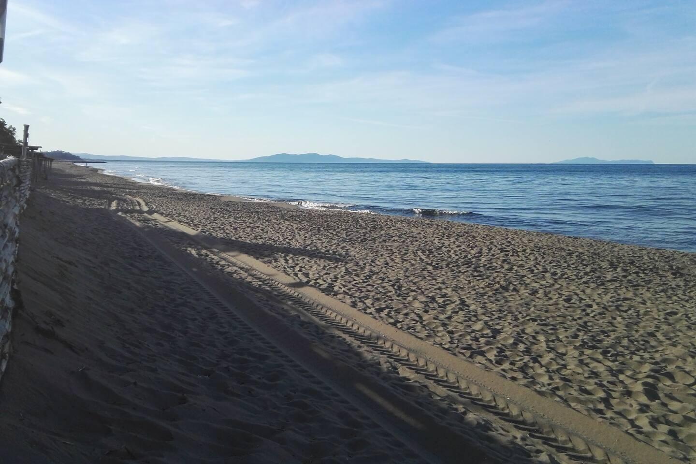 La spiaggia libera a pochi minuti da casa