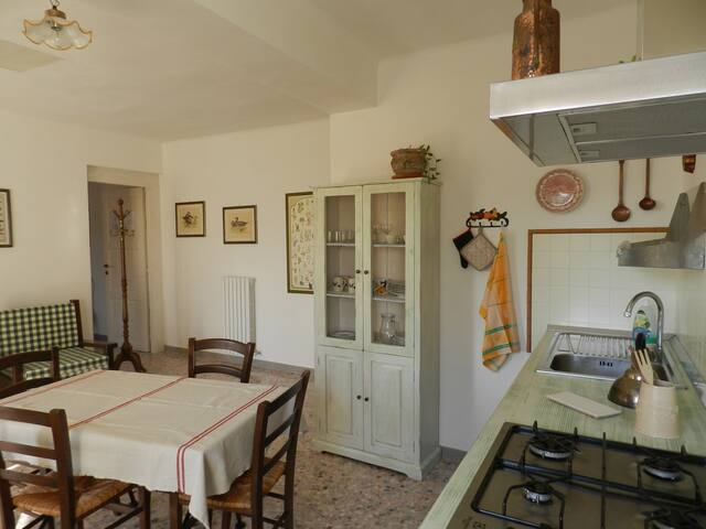 Vista incantevole mare e monti - Offagna - Bed & Breakfast
