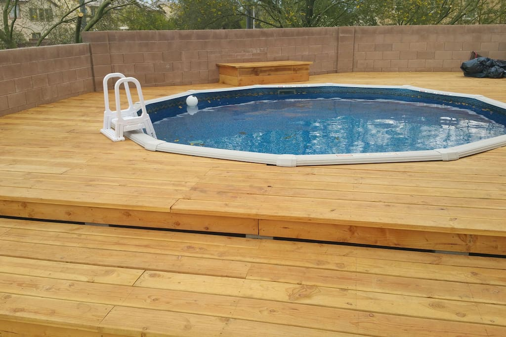 Private Pool.   Huge  18 feet X 18 feet.