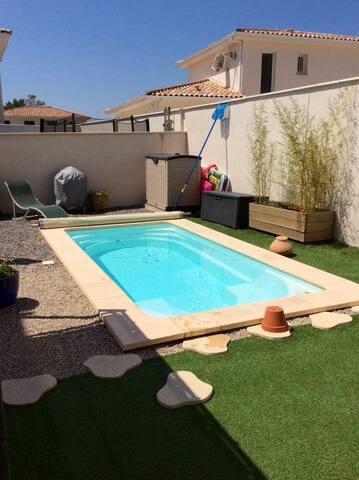 Maison moderne avec piscine à 10 mn de Montpellier