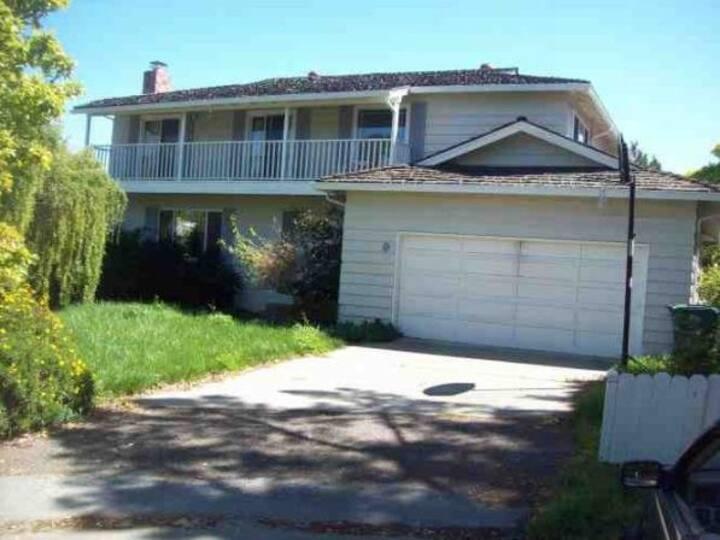 Quiet SF Mid-Peninsula Home