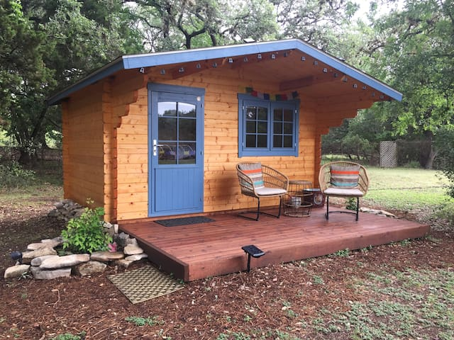 Adorable Wood Cabin in San Antonio's Northside