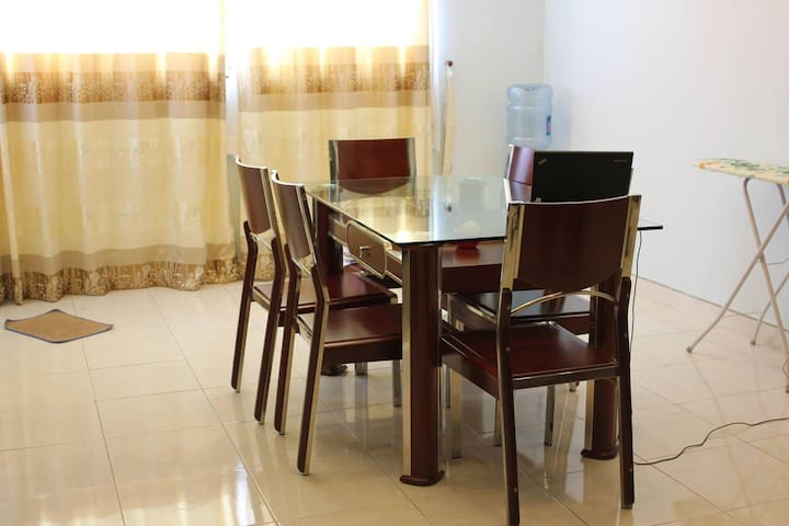 Spacious room with central location - Ho Chi Minh City - Apartment