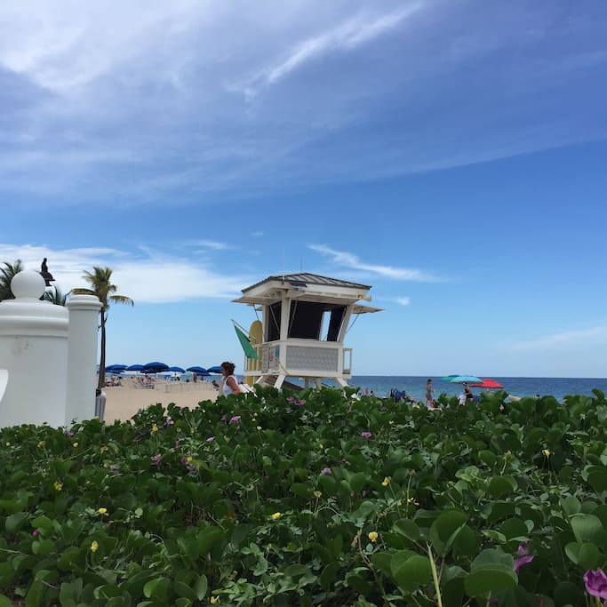 Amazing Fort Lauderdale  beach is only 10 minutes away