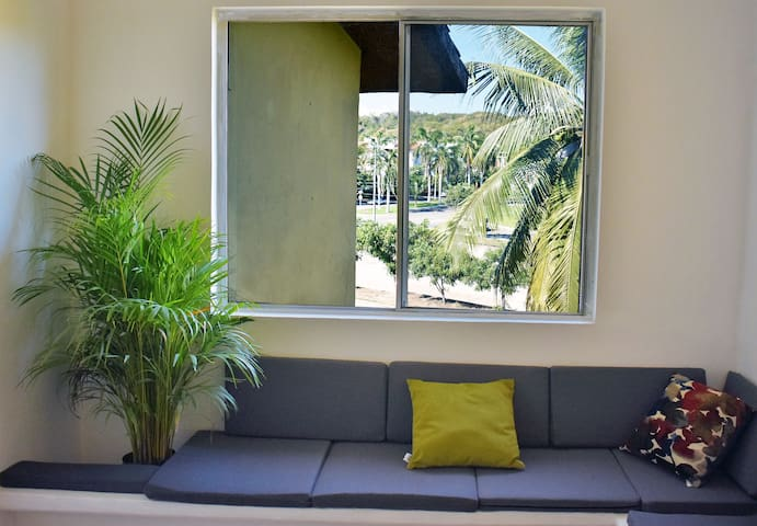 Apartment for 4 people - 15minutes from the beach.