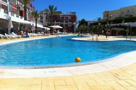 Apartamento nuevo 100m playa vera. calidades lujo - ヴェラ