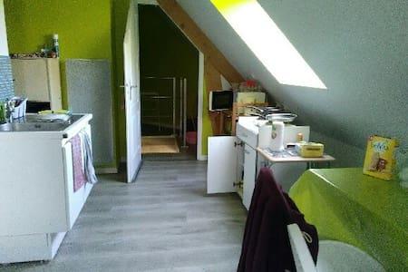 Studio meublé - Rouillon - Wohnung