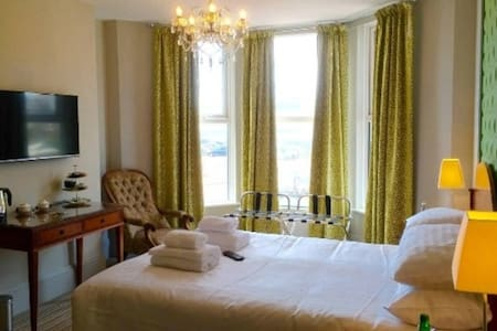 Boutique B&B with views of De La Warr Pavilion -2 - Bexhill