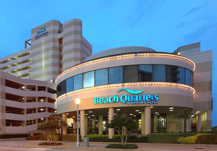 Oceanfront  Beach Quarters Resort Va. Beach