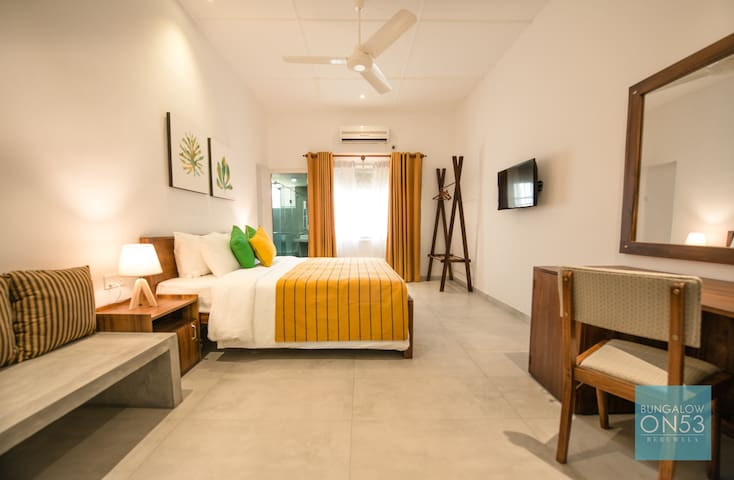 Comfy Double Bedroom with ensuite bathroom. Separate seating area. High Quality linen and soft pillows