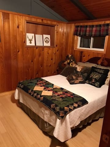 Upstairs 2nd Bedroom with Queen