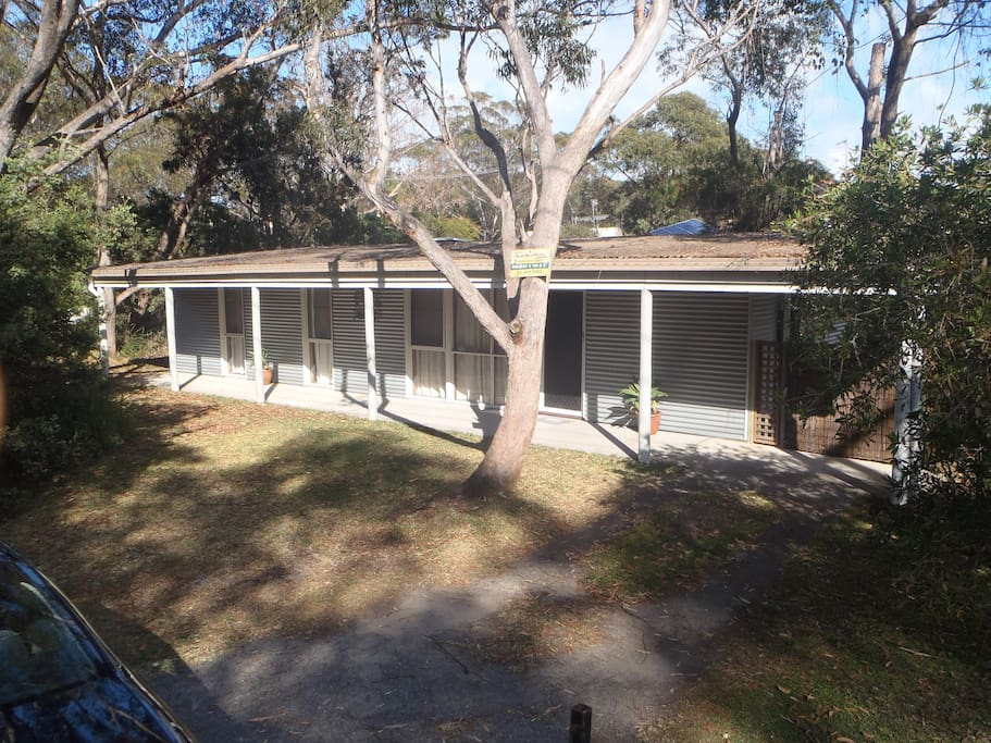 Peaceful location set among the gum trees Covered patios.