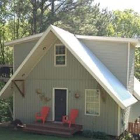 VACATION CABIN - Sunday Morning Rentals