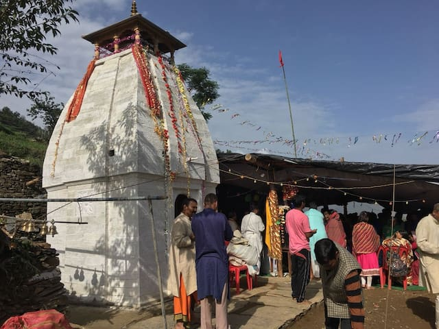Himalaya Village Yoga Retreat