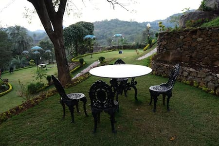 Deluxe Double Room @Mount Abu