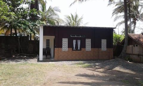 Villa Hannah, 2 bedroom 1 bathroom kitchenette