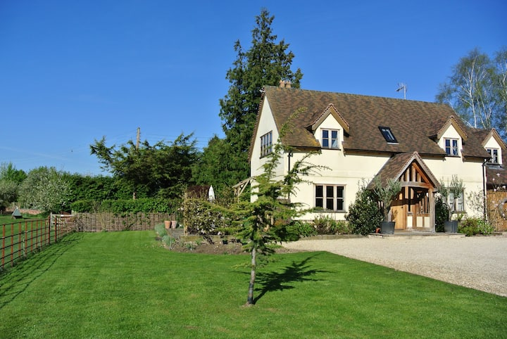 Luxury Contemporary styled Designer oak Cottage
