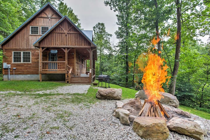 'Blues Moon' Vibrant 2BR Red River Gorge Cabin!