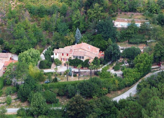 Gite Laclède - Saint-Jean-du-Pin - Nature lodge