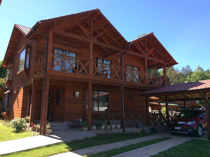 Hostal Hermosa Casa Lican Ray con vista al volcán