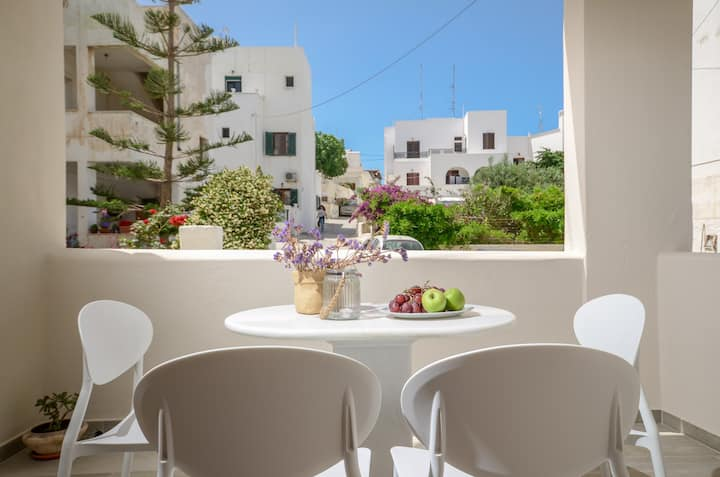 Villa Agape, 3 bedroom House - Naxos Town